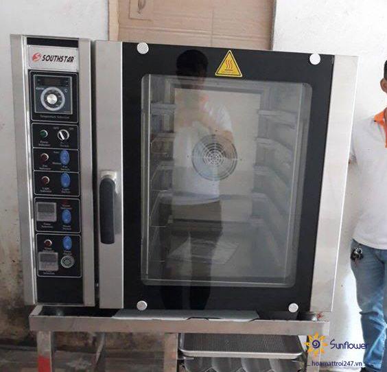 Lò nướng đối lưu 8 khay dùng điện mang nhiều ưu điểm hơn hẳn so với dòng lò nướng tầng