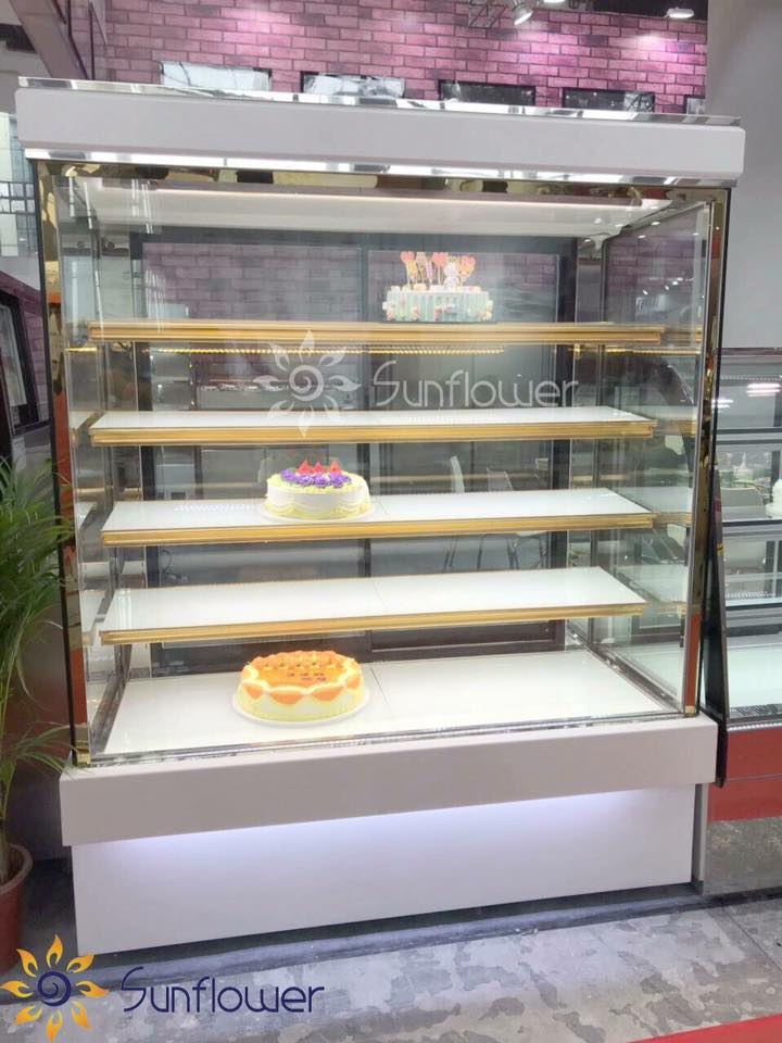 Tủ bánh kem 5 tầng lựa chọn hoàn hảo cho những tiệm bánh lớn, siêu thị