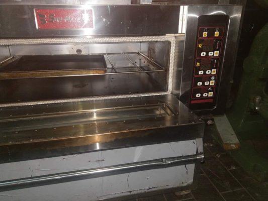Các thiết bị bên trong trong lò nướng bánh mì công nghiệp thanh lí không được đảm bảo